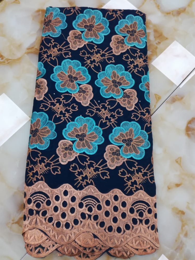 Lagos Laces, 5 yards